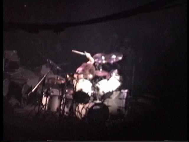 metallica_1991-11-17_montreal_screen_2