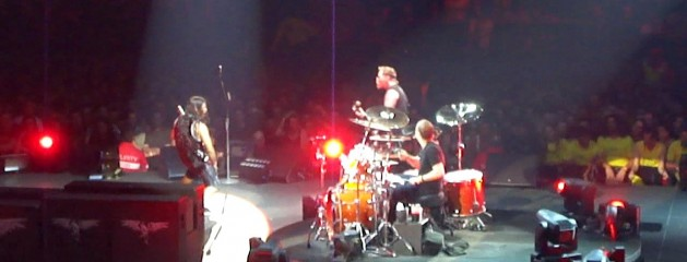 11-20-2010 – Melbourne, Australia (Bleeding Me)